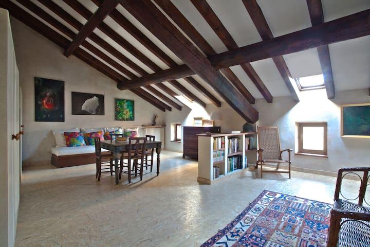 Casa del Pittore Suite Arancio
