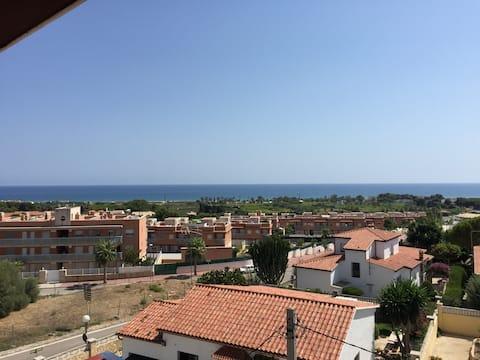 Cały apartament, dla 4 osób, widok na morze.