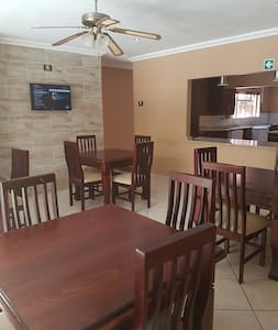 iLawu Guest House - Newcastle