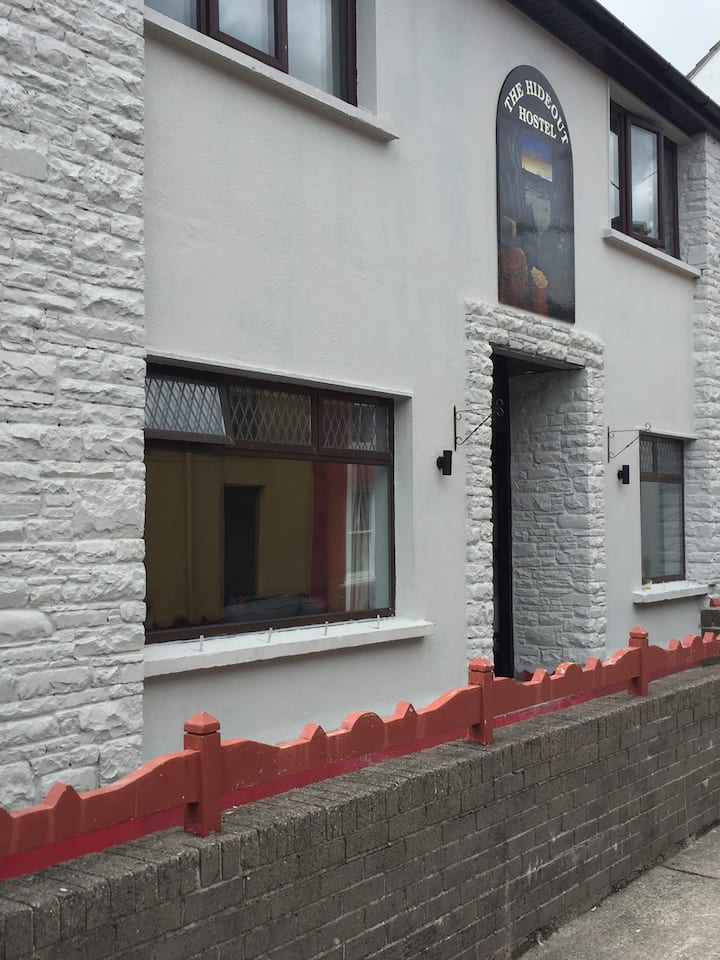 4 bed female Dorm, Hideout Hostel, Dingle