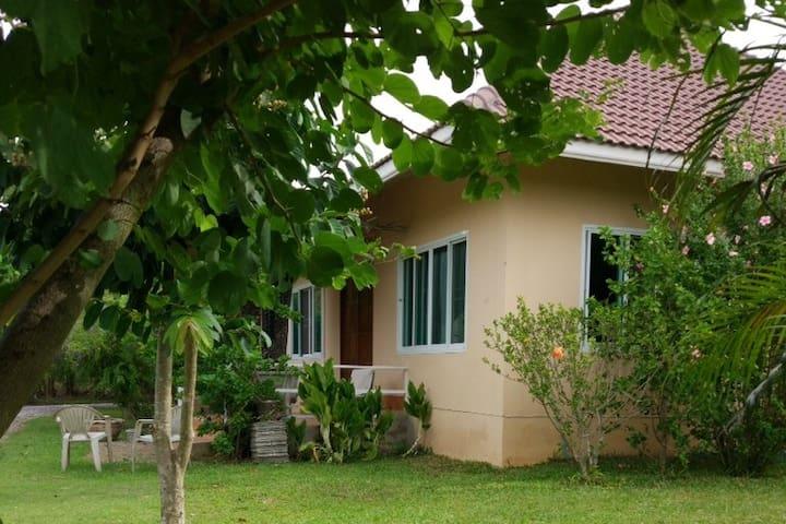 Rural Retreat in Khao-Yai / บ้านไร่ที่เขาใหญ่ - TH - Rumah