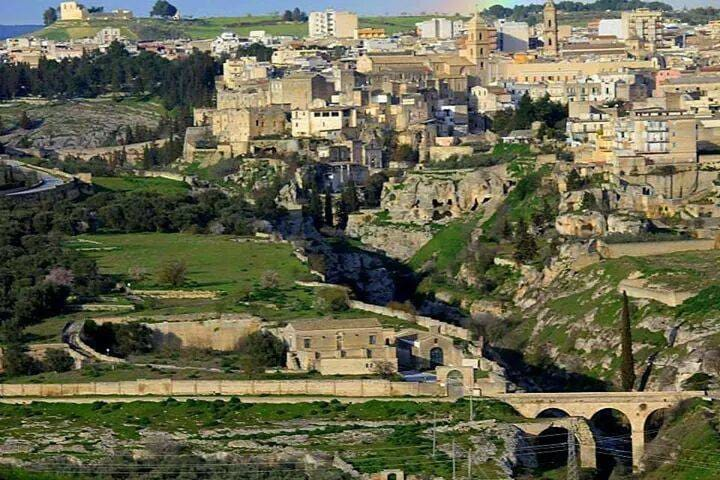 History, culture, gourmet and healthy food - Gravina in Puglia