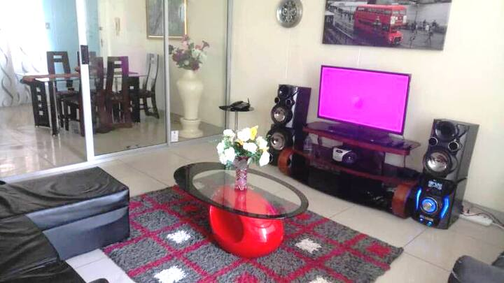 R550/night. 3 bedrooms apartment Pretoria central