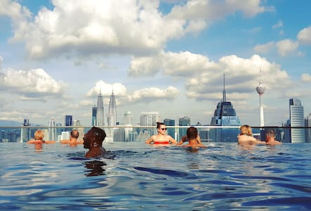 Luxury 60㎡ High Floor&KLCC Sky Pool中文房东#豪华套房和无边际泳池
