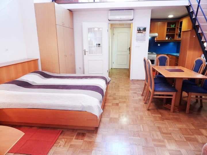 Apartment Patricia - Duplex One bedroom- Vila Golf