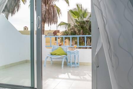 Wave Seekers Beach Front Villa - Twin Balcony6 - Villa