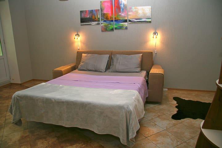 Уютная квартира-студио в центре с видом на Лавру