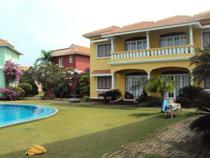 Apartment 200 meter away from the beach