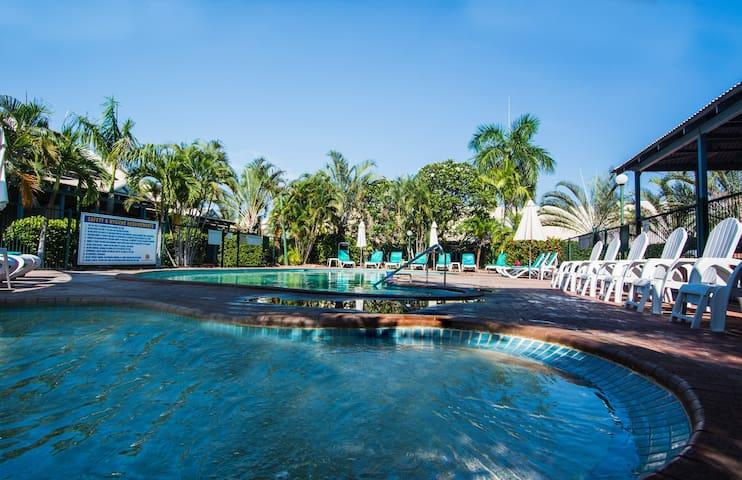 Cable Beach 3 Bedroom Resort Villa - Cable Beach - Villa