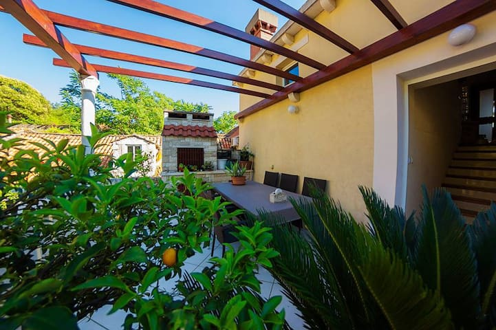 Mobita -  beautiful sunny apartment with terrace