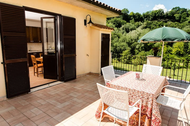 LeMolette self-catering apartment in the country - Torri In Sabina