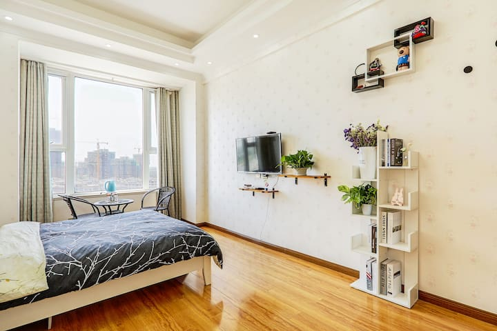 【拾光·舍】近旅游景区•现代简约公寓大床房