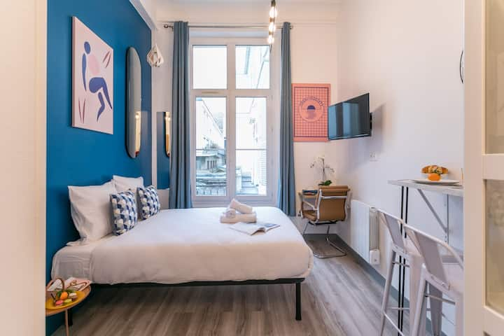 Tour Eiffel - Saint-Charles 17: Apt. for 2