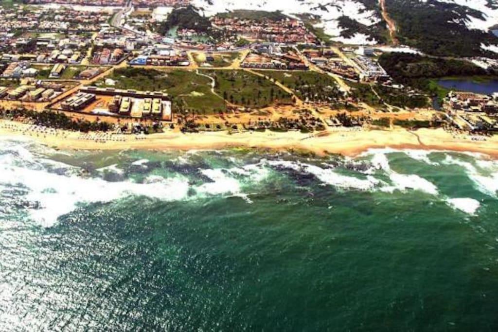 A 10 min. de pé da Praia e 5 min. de carro do Aeroporto. -  Foto: Fernando Amorim