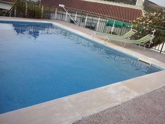 Top 20 Sierra De Las Nieves Vacation Rentals, Vacation Homes ... Inspirierende Swimming Pools Mediterranem Stil