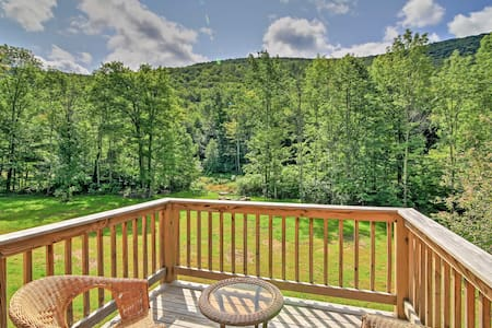 Newly Built Hunter Home w/ Stream & Mountain View!