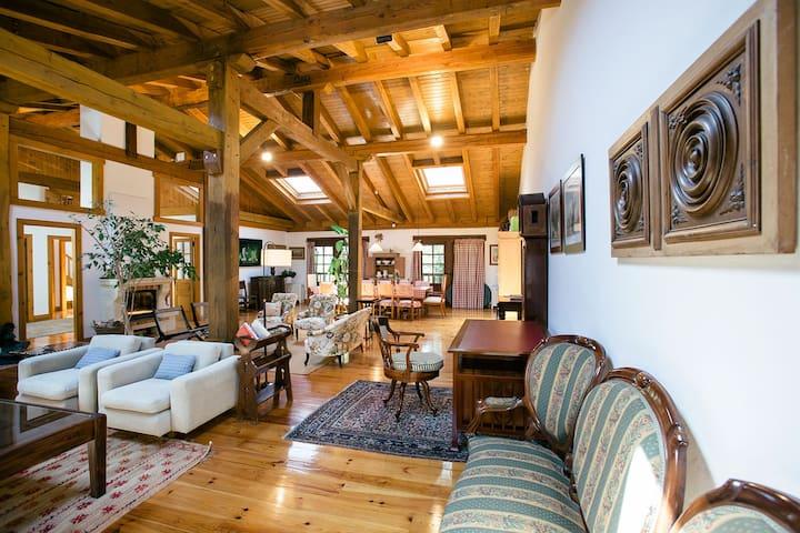 VILLA DE LAS FLORES: Families, countryside, pool - Oiartzun - Dům