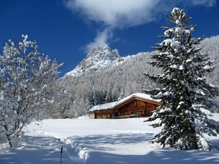 Idyllic mountain chalet in the Chamonix valley