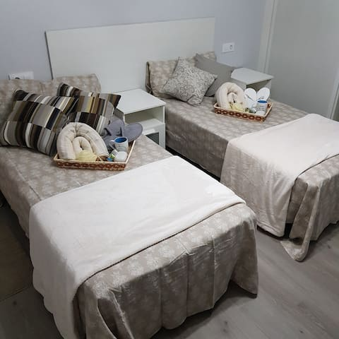 Room Double Bed with Breakfast - Beach nearby