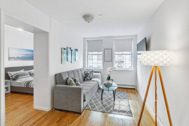 Gorgeous 2BR Apartment in East Village