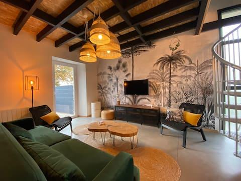La Maison De Francine :按摩浴缸、活動及設計