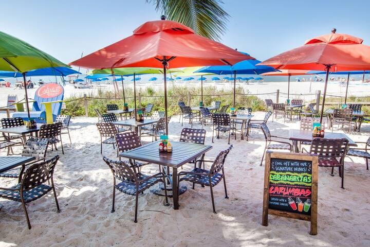 Gulf Views! Spacious King Units, Restaurant, Spa