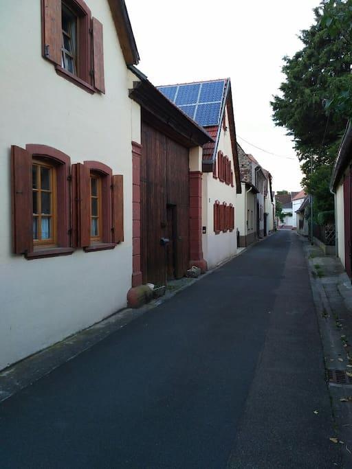 Die Straße zum Haus.