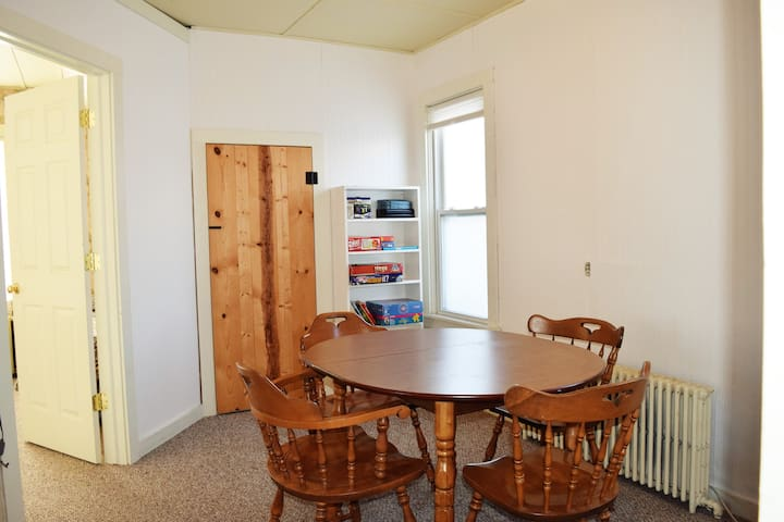 Charming downtown Grand Haven home - Grand Haven - House