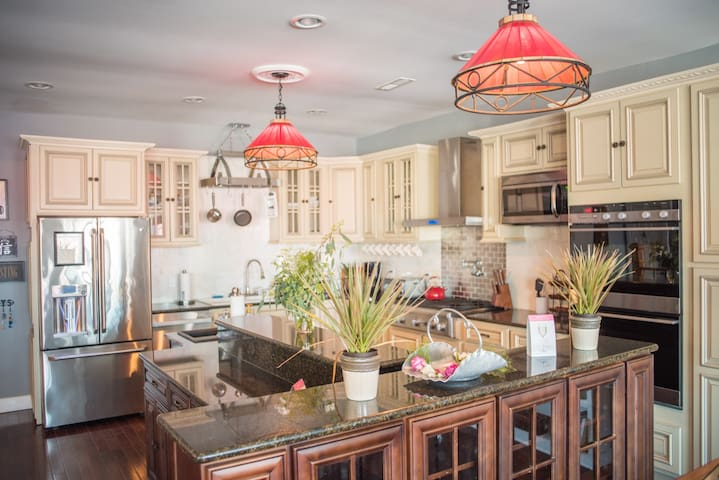 Loft Gardens/ 25 minutes from H2Obxwaterpark