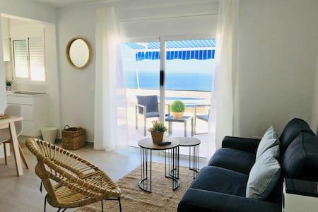 Estudio en Tabaiba Baja vistas al mar. (1)