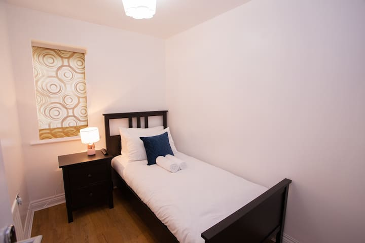 Relaxed Comfortable Single Room in quiet location