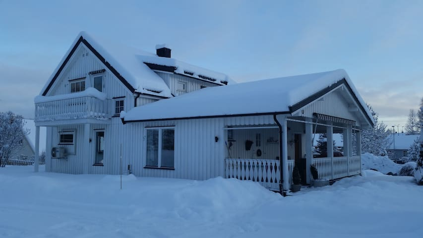 Koselig hus ved Lillehammer - YOG - Lillehammer - Dom