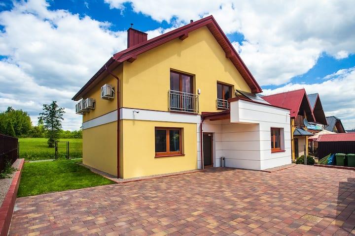 Green apartament dwupoziomowy w Wieliczce