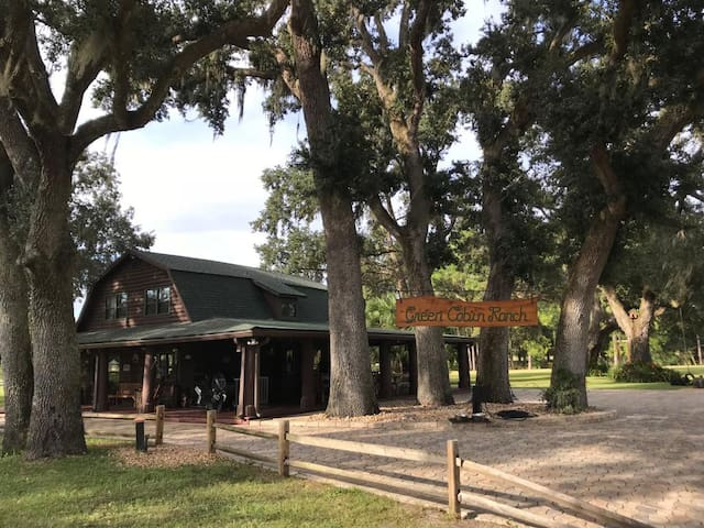 The Green Cabin Ranch (Clermont/Leesburg/Mt Dora)