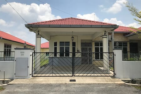 PATIN GUEST HOUSE @DTI, NEAR HOSPITAL TEMERLOH