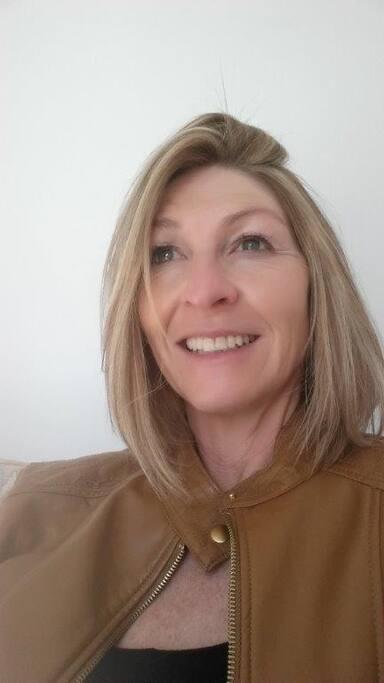 Samantha Steyn - Owner