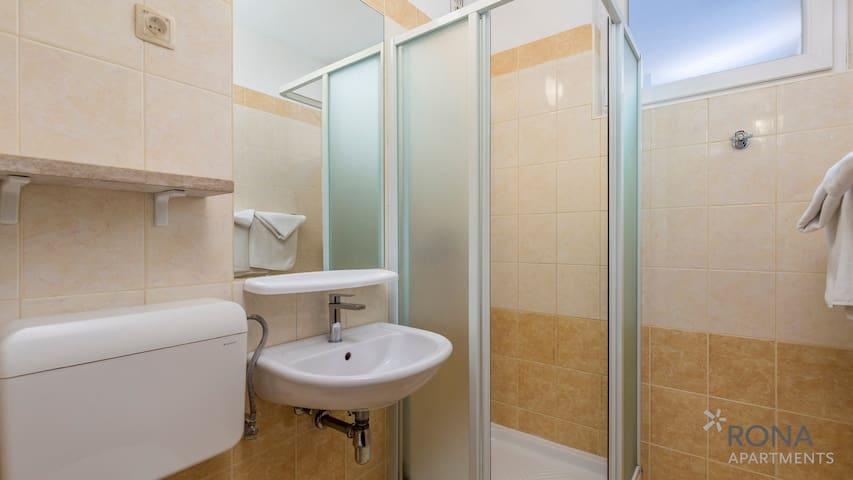 Rona apartment Volta standard