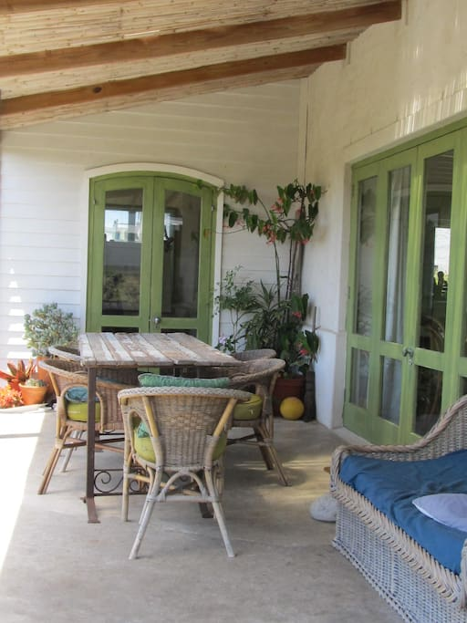 Covered verandah and outdoor dining area