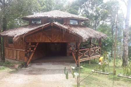 Bamboo Cottage Lawang Adventure Park - Matur