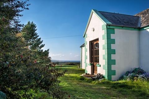 Broadhaven Cottage, Co. Mayo, on Wild Atlantic Way