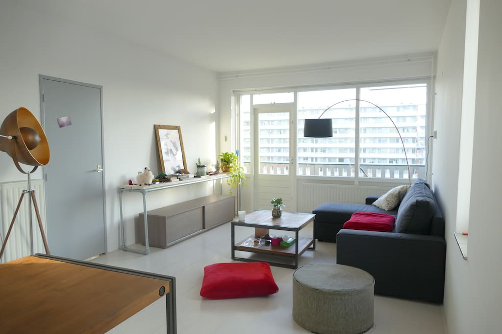 The living-room is cosy and very bright: it gets light from 3 angles, at all time of the day