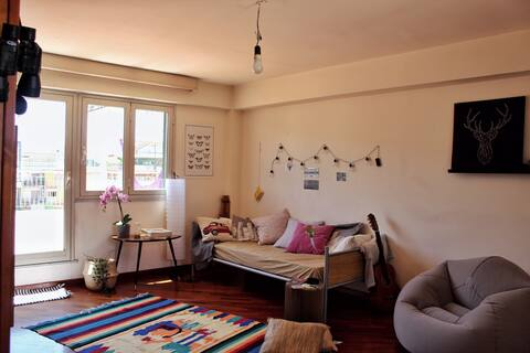 Petite room in the center of Messina