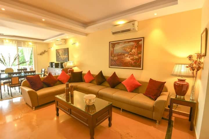 Spacious, Luxurious and Modern Villa in Candolim