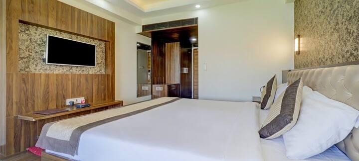 Hotel Sanskar By Keymagics - Super Deluxe Room