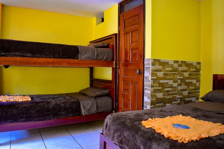 Hostal - Spa Monte Kadosh