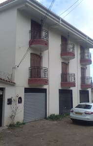 Villa bousmail