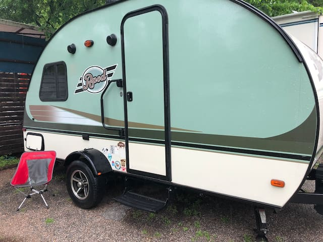 R-pod camper in S. Austin driveway,  pool access