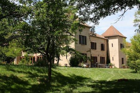 Chambre double avec terrasse - Montégut - Oda + Kahvaltı