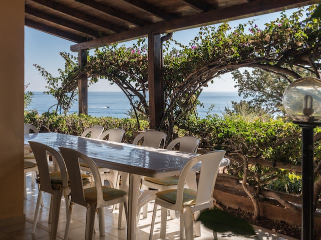 The best position in Cala Gonone park and AC 148 - Cala Gonone - Hus