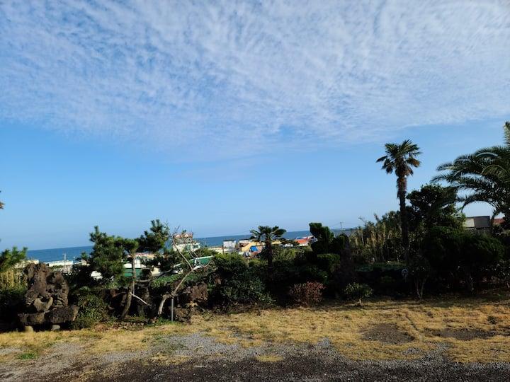 바다가보이는 복층구조 한달살이 6호방